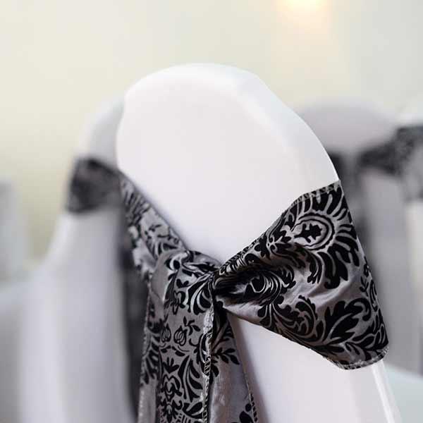 Schleifenband Ornamente Silber/Schwarz Muster