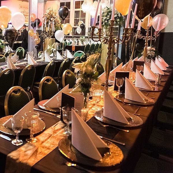 Weihnachtsfeier Dekoration.Dekoration Und Tischdeko Für Eine Erfolgreiche Weihnachtsfeier