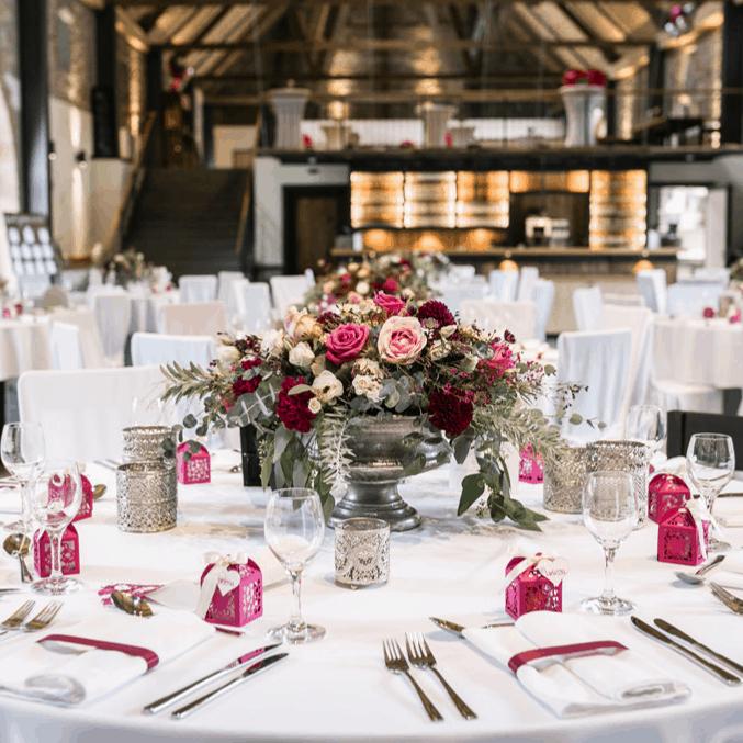 Romantic Wedding Eventscheune Gut Ludwigsruhe